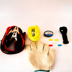 6 in 1 Car Emergency Self Help Kit